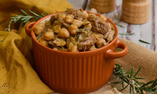 Συνταγή για νόστιμα ρεβίθια στο φούρνο με αρνί