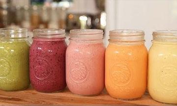 5 υγιεινά smoothies για να ξεκινήσετε τη μέρα σας (vid)!