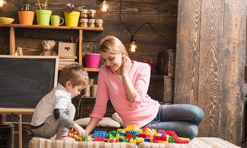 Πώς μπορούμε να περιορίσουμε τις καταναλωτικές απαιτήσεις του παιδιού μας;