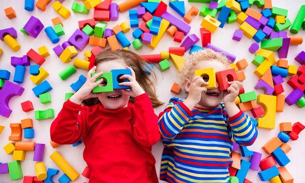 Φτιάξτε τα δικά σας παζλ - Τα παιδιά θα ενθουσιαστούν (vid)