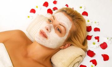 Γρήγορες, σπιτικές μάσκες για να περιποιηθείτε το κουρασμένο δέρμα (pics)