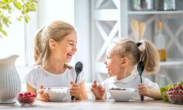 3 εύκολες και θρεπτικές συνταγές πρωινού για παιδιά (pics)