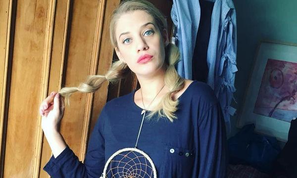 Έγκυος με στιλ! Η Τζένη Θεωνά στις ωραιότερες εμφανίσεις με φουσκωμένη κοιλίτσα (pics)
