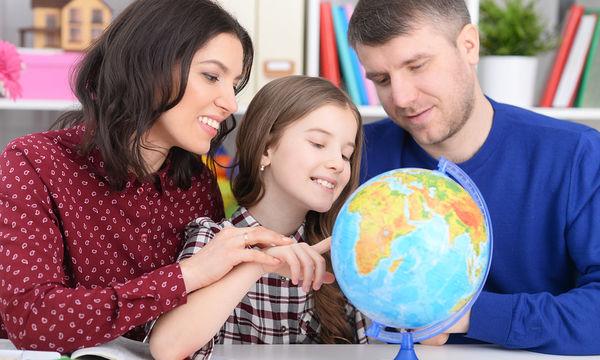 Πώς μεγαλώνουν τα παιδιά τους γονείς σε διάφορες χώρες και τι μπορούμε να μάθουμε από αυτούς (pics)