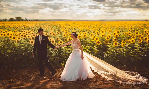 Βλέπεις εφιάλτες ότι θα μείνεις στο ράφι ή μήπως ονειρεύεσαι γάμους και χαρές;
