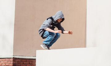 Δείτε τι έπαθε αυτός ο έφηβος όταν προσπάθησε να κάνει parkour! (vid)