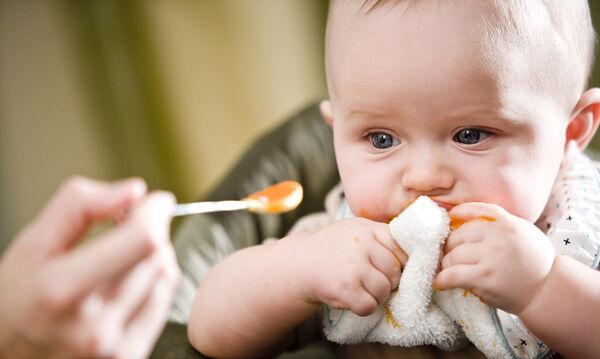 Κάνει να βάλω αλάτι στο φαγητό του μωρού μου;