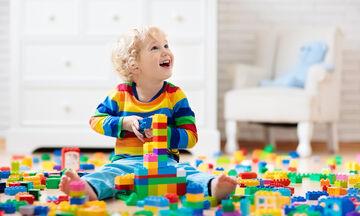 Παιδί και κοινωνική συμπεριφορά: Πότε αρχίζει να αναπτύσσεται;