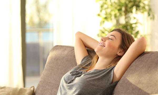 Πώς να κάνετε το σπίτι σας να μυρίζει φρεσκάδα