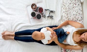 Διατροφή για νέες μητέρες: Χρήσιμες συμβουλές που θα σας βοηθήσουν να τρώτε σωστά