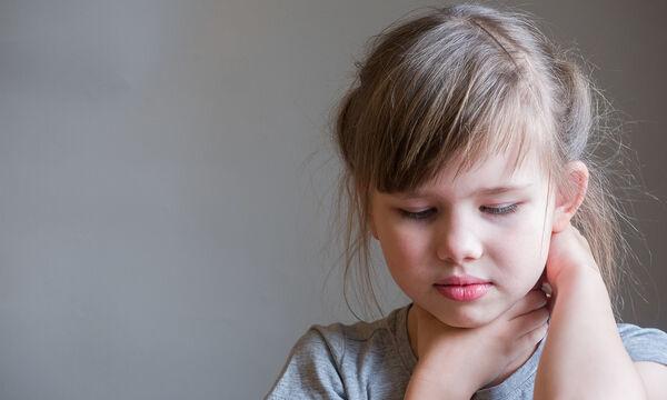 Αμυγδαλίτιδα στο παιδί vs Αμυγδαλεκτομή - Όλα όσα πρέπει να γνωρίζουν οι γονείς
