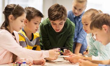 Διαδραστικά εκπαιδευτικά εργαστήρια για την Τέχνη και τις Επιστήμες (vid)