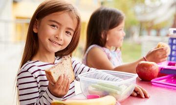 Εύκολα και θρεπτικά σάντουιτς για να πάρει μαζί του το παιδί στο σχολείο