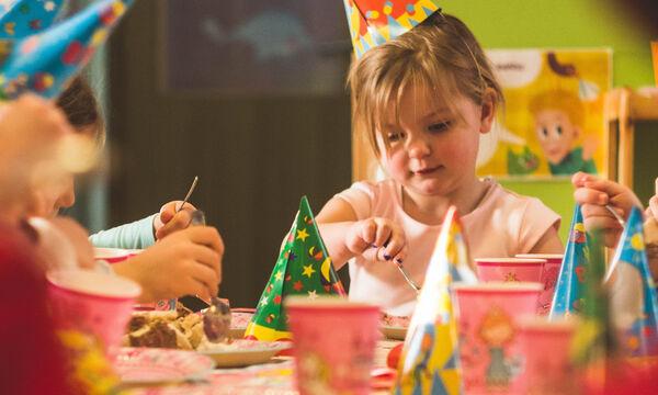 3 άβολες στιγμές για κάθε καλεσμένη μαμά σε παιδικό πάρτι!