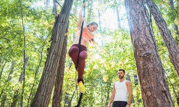 Ψάχνεις «εναλλακτική» και αποτελεσματική γυμναστική; Ανέβα στο δέντρο! (video)