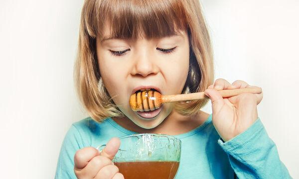 Παιδικός βήχας: Βοηθάει το μέλι στην αντιμετώπισή του με φυσικούς τρόπους;