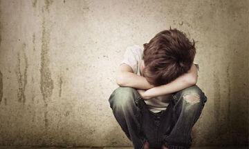 Παιδική σεξουαλική κακοποίηση: Με ποιους τρόπους οι δράστες προσεγγίζουν τα παιδιά;