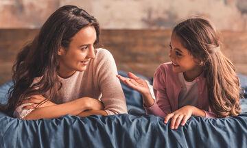 Πρέπει να δίνω απαντήσεις σε όλες τις ερωτήσεις του παιδιού;