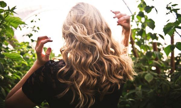 Συχνά λάθη που κάνετε στην περιποίηση των μαλλιών σας (pics)