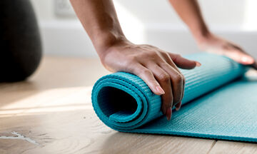 To fitness πρόγραμμα που θα σου δώσει γυμνασμένο σώμα παραλίας χωρίς κανένα όργανο