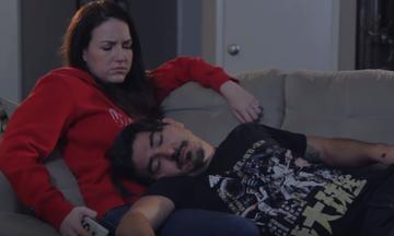 Αυτά είναι τα πιο περίεργα πράγματα που κάνουν τα ζευγάρια πριν το σεξ (vid)
