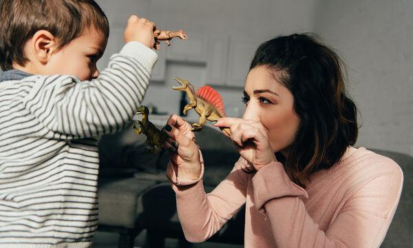 Τι είναι αυτό που χρειάζονται τα αγόρια από τη μαμά τους;