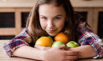 Πώς θα εξασφαλίσουμε την επαρκή πρόσληψη βιταμίνης C;