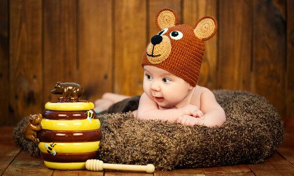 eb1a9d6c17d Μωρό έως έξι μηνών: Τι καταλαβαίνει, τι μπορεί να κάνει (vid ...