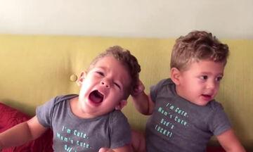 Το παιχνίδι έχει και απρόοπτα - Δείτε τις απολαυστικές αντιδράσεις των παιδιών (vid)