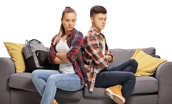 Γιατί οι έφηβοι θυμώνουν και πώς να το αντιμετωπίσετε