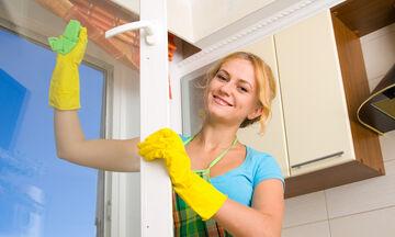 23 ιδέες και συμβουλές για να καθαρίσετε εύκολα και γρήγορα το σπίτι σας (vid)