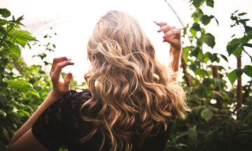 Τέσσερις λόγοι για τους οποίους δεν μακραίνουν τα μαλλιά σου