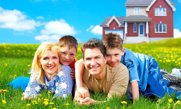 Διεθνής Ημέρα Ευτυχίας: Οι ευτυχισμένες οικογένειες μεγαλώνουν ευτυχισμένους ενήλικες