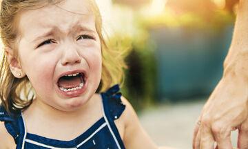 Η Ράνια Θρασκιά μας συμβουλεύει πώς να διαχειριστούμε την γκρίνια των παιδιών (vid)