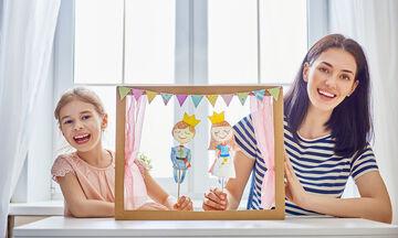 Κουκλοθεάτρο: Οφέλη για τα παιδιά - Πώς να φτιάξετε εύκολα τη δική σας σκηνή (vid)
