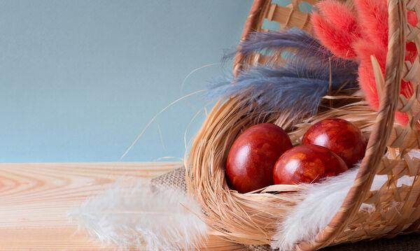 Πώς να εξηγήσετε στα παιδιά τα έθιμα και τους συμβολισμούς του Πάσχα