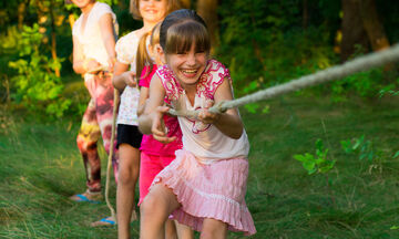 ΟΑΕΔ: Ξεκίνησαν οι αιτήσεις για τις παιδικές κατασκηνώσεις