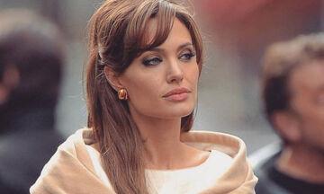 H Angelina Jolie στην αγκαλιά του μελαχρινού πρώην συμπρωταγωνιστή της;