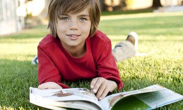 Παγκόσμια Ημέρα Παιδικού Βιβλίου: Πώς η ανάγνωση ωφελεί τα παιδιά