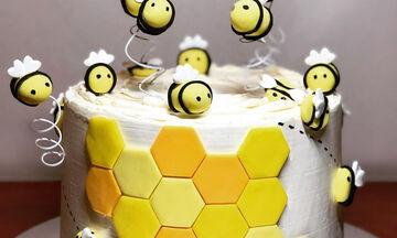 Φανταστικές τούρτες για τα γενέθλια της γλυκιάς σας μελισσούλας (pics)