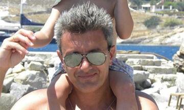 Νίκος Χατζηνικολάου: Ποζάρει με τους γιους και την κόρη του, ρίχνοντας το διαδίκτυο (pics)