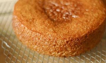 Νηστίσιμο κέικ με λάδι και πορτοκάλι - Εύκολο και πεντανόστιμο  (vid)