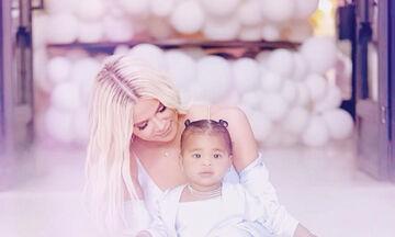 Khloe Kardashian: Δεν φαντάζεστε πόσο κόστισαν τα μπαλόνια στο πάρτι της κόρης της! (pics)