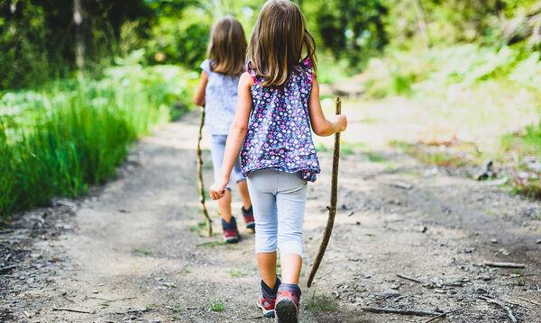 Πασχαλινοί περίπατοι με την οικογένεια, η καλύτερη θεραπεία για την ψυχική υγεία