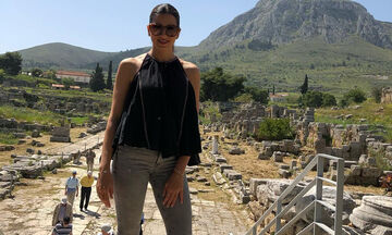 Σταματίνα Τσιμτσιλή: Δείτε με ποιον ποζάρει στη νέα της φωτογραφία (pics)
