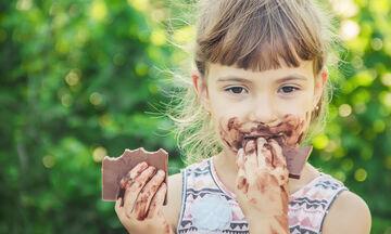 Πώς θα μειώσουμε τη ζάχαρη στη διατροφή όλης της οικογένειας;