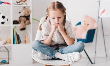 Το «καρεκλάκι της σκέψης»: Ποια λάθη κάνουν οι γονείς; (pics)