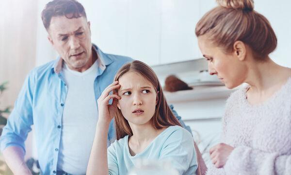Προκλητική συμπεριφορά εφήβων: Πότε πρέπει να ανησυχήσουν οι γονείς;
