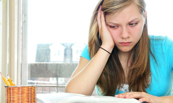 Πώς εκδηλώνεται το άγχος των εξετάσεων στους εφήβους;