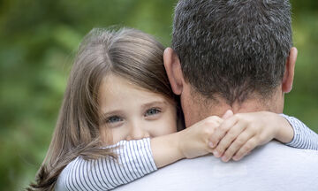 Πέντε πράγματα που κάθε κόρη έχει ανάγκη να ακούει από τον μπαμπά της καθημερινά (pics)